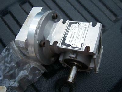 SERVO 20:1 TWIN 14mm SHAFT RIGHT ANGLE GEARBOX WITTENSTEIN FREE UK POST
