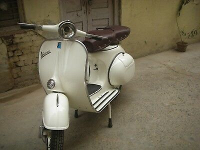 Vespa Scooter 150Cc Vbb Model 1962 With New Px 150Cc Engine Fully Restored