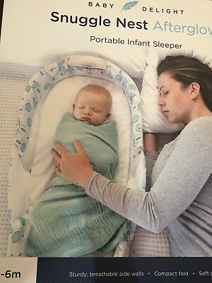 Snuggle Nest Afterglow Portable Infant Sleeper with Light - Misty Dandelions