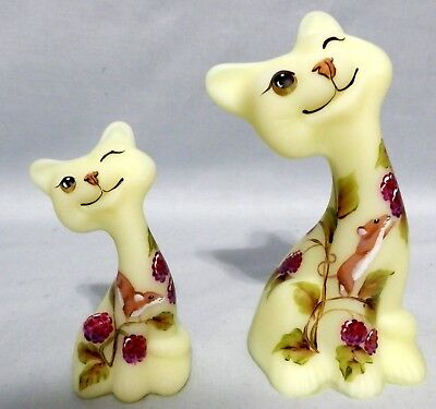 Fenton Matched Set FAGCA happy cat & kitty #5 of 25 CC Hardman 2015 mouse clover