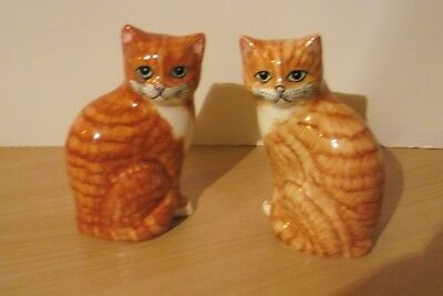 A pair...2 of  Babbacombe Pottery Lownds Pateman Ginger and Cream Cats