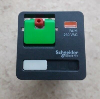 Schneider Electric 8 Pin  Relay 2CO 10A 230VAC MPN: RUMC21P7