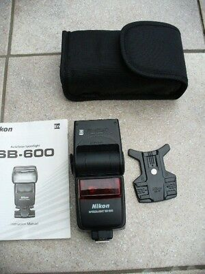 Nikon SB-600 Speedlight Shoe Mount Flash