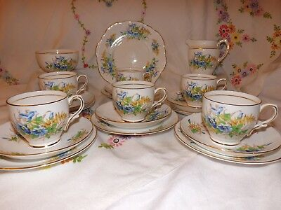 Beautiful Vintage Clare Bone China Blue And Yellow Floral 21 Piece Tea Set