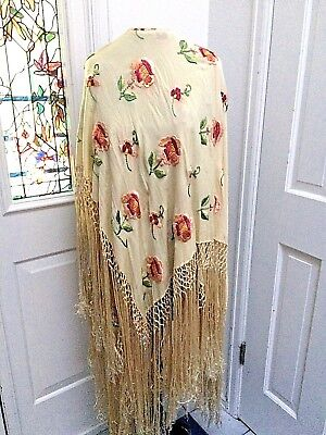 Gorgeous Vintage 1920's Embroidered Silk Piano Shawl
