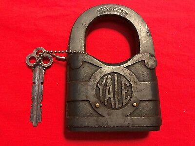 Large Vintage Yale & Towne Brass Padlock with Key. Made in U.S.A.