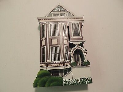 Sheila's Collectibles Houses Queen Rose San Francisco California 1995