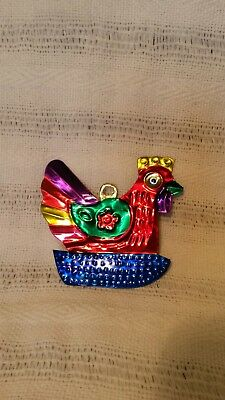 Mexican tin decoration hen