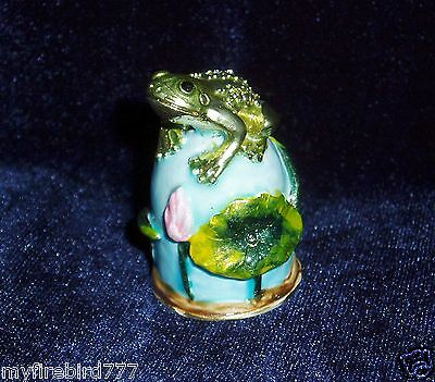 Russian Сollectible Handpainted Decorative Enamel Thimble Frog