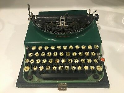 Vintage Remington Portable No. 3 Typewriter, Duo Tone Green