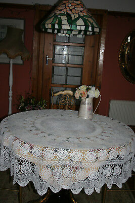 Beautiful Vintage French Hand Crochet Large Round Tablecloth.