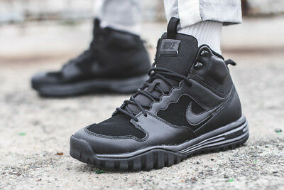 low priced 89cf9 c588a Nike Dual Fusion Hills Mid Leather Uk Sizes Rrp £80