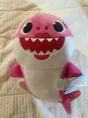 Baby Shark Pinkfong Official Plush Singing Toy Mommy Shark