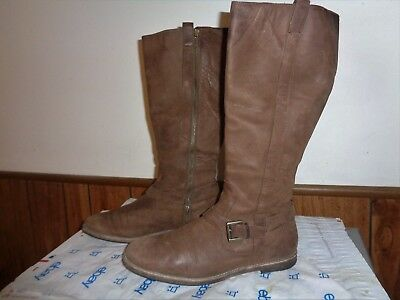 COLE HAAN  BROWN LEATHER BOOTS WOMEN SIZE 9 B Knee High