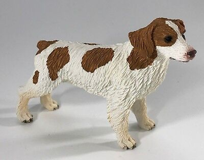 BRITTANY Brown & White Dog Figurine Hand Painted DOG LOVER GIFT NEW with BOX