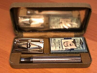Vintage 1932 Canadian Military Khaki Gillette safety razor kit, NEW OLD STOCK