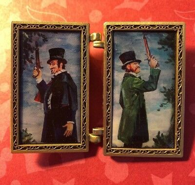 Haunted Mansion Disney Pin O-Pin House Fuel Personalities Gun Portrait Painting