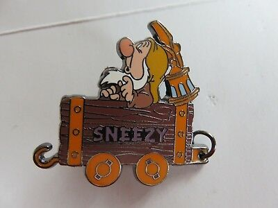 Disney Snow White & Seven Dwarfs Sleepy Mine Car 100 Years of Dreams Pin WDW