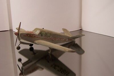 1947 Beechcraft Bonanza 35 V-Tail Vintage Balsa Airplane Model - built