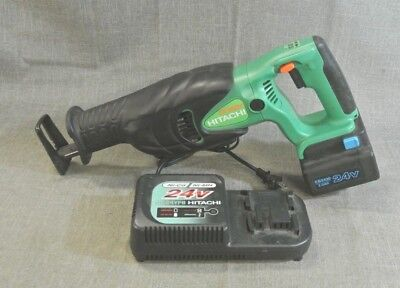Hitachi CR24DV 24 Volt Cordless Reciprocating Saw w/battery, charger (I-2896 4C)