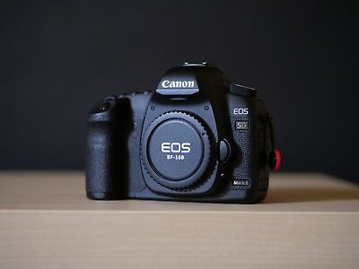 Canon EOS 5D Mark II 21.1MP Digital Camera Body Shutter Count 25K with Extras!