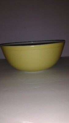 Vintage PYREX PRIMARY COLOR YELLOW 4 QT Large Mixing Nesting Bowl 404 Old Mark