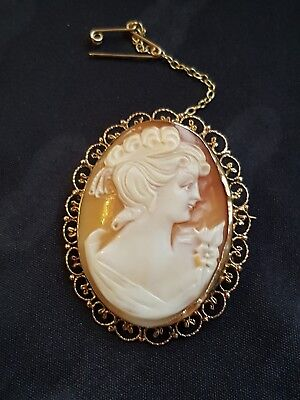 Antique Large Shell Cameo 9 Carat 375 Gold  Brooch Safety Chain Filigree Scroll