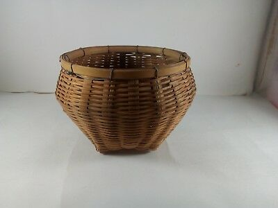 Vintage Wicker Bread Basket Round Natural Rattan Display Bamboo . House Basket