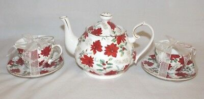 Grace's Teaware Small Poinsettia Porcelain Teapot & Two Sets Cups & Saucers New