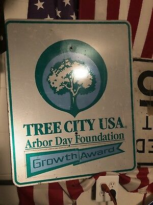 "Vintage - TREE CITY USA -growth Award Arbor Day Foundation 30"" x 24"" sign"