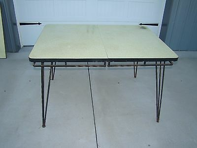 VTG MID CENTURY 50's TABLE w/ WROUGHT IRON HAIRPIN LEGS & YELLOW FORMICA TOP
