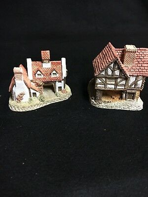 "David Winter Cottages ""Little Market"" 1980 & ""The Schoolhouse 1985"" Lot of 2"