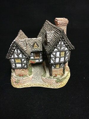 "David Winter Cottages ""Tudor Manor House"" 1981 From ""The Main Collection"" EUC"