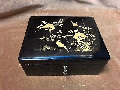 antique chinese laquered tea caddy 19th