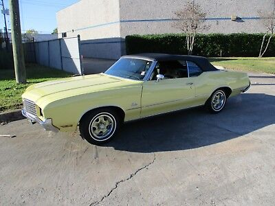 1972 Oldsmobile Cutlass Supreme Long Term Ownership with lots of receipts, original window sticker and books