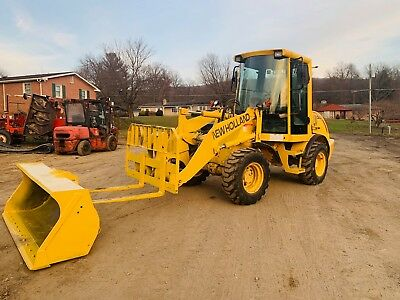 New Holland Lw50B Articulating Wheel Loader Full Cab Rubber Tire Bob Cat Fork