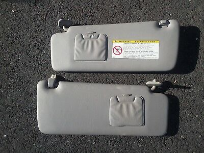 01-07 TOYOTA HIGHLANDER Grey Gray Sun Visor Set Pair Left Right Driver Passenger