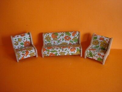 VINTAGE DOLLS HOUSE - 1960s DOL-TOI 3-PIECE SUITE - SETTEE & TWO ARMCHAIRS