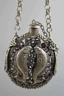 China Collectable Handwork Miao Silver Carve Goldfish Flower Noble Snuff Bottle