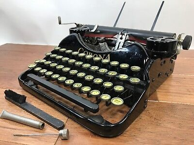 Antique L.C. SMITH CORONA Portable Typewriter Black Deco Vintage Original Case