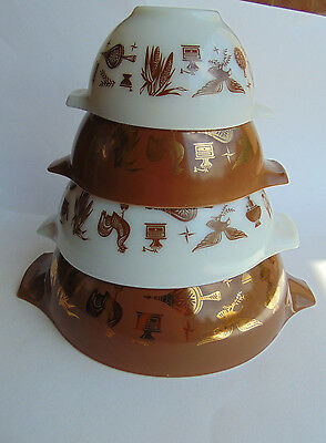 Vintage Pyrex Cinderella Nesting Mixing Bowls (4) Early Americana Eagle Rooster