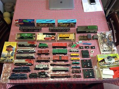 VINTAGE lot of train N & HO scale Mixed and accessories LOT