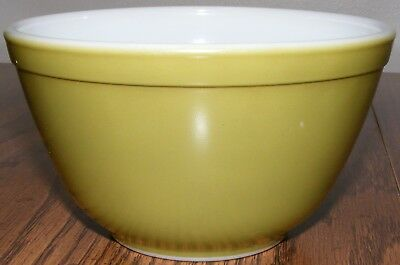 Vintage Pyrex 401 1.5 1 1/2 Pint Avocado Green Mixing Serving Baking Bowls Nice!