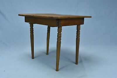 Vintage CHILDS TOY RECTANGULAR 4 LEGGED EXPANDABLE WOODEN TABLE FURNITURE #06002