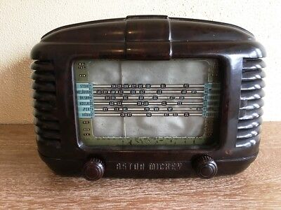 Astor Mickey - Vintage Valve Radio - Brown / Walnut case