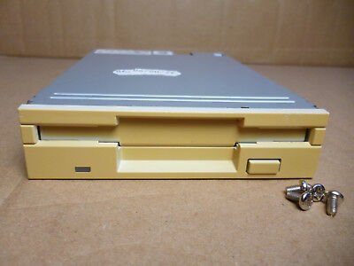 "Internal 3.5""Floppy Disk Drive 1.44MB + Mounting Screws, Tested Beige Mitsubishi"