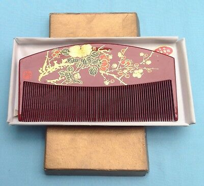 V0226A Traditional Vintage Japanese Large Red Lacquer Comb Signed