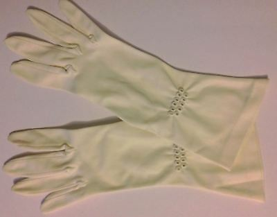 True Vintage pale cream nylon embroidered finish gloves S