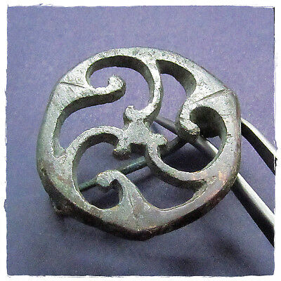 ** TRISKELION  ** ancient silvered- BRONZE CELTIC BROOCH-FIBULA!!! 12,76g
