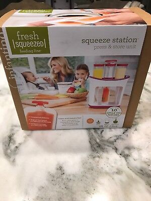 Infantino Squeeze Station Press & Store Unit Includes 10 Pouches, NIB